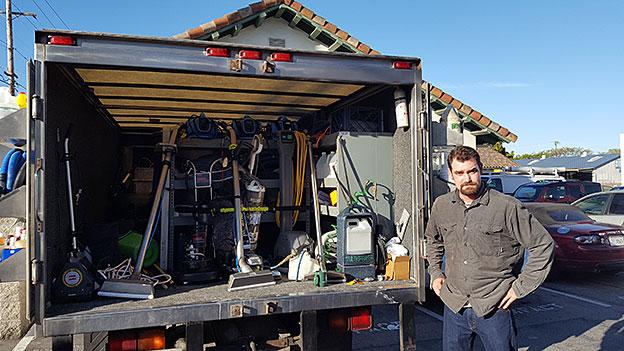 Davis Pailliotet of Connoisseur Carpet & Tile Cleaning - Showboat